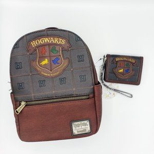 Loungefly HP Hogwarts Crest Mini Backpack & Wallet